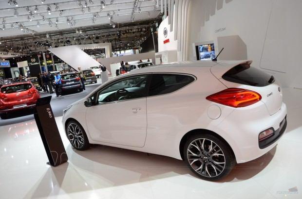 2013-Kia-Pro-Ceed-00015
