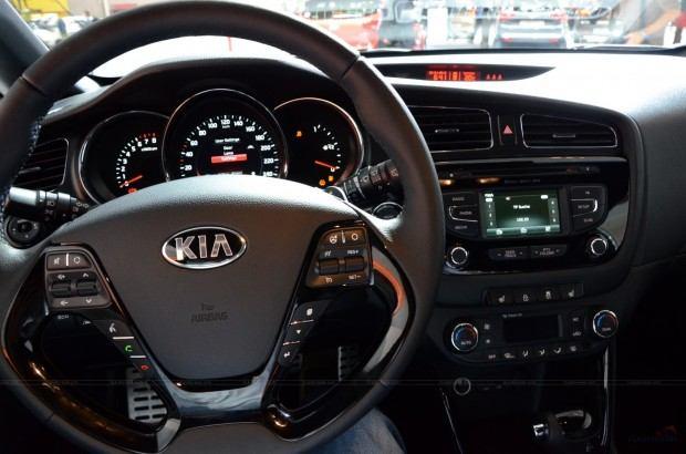 2013-Kia-Pro-Ceed-00026