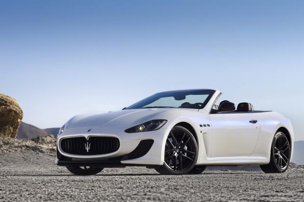 2013-Maserati-GranCabrio-MC-3[2]