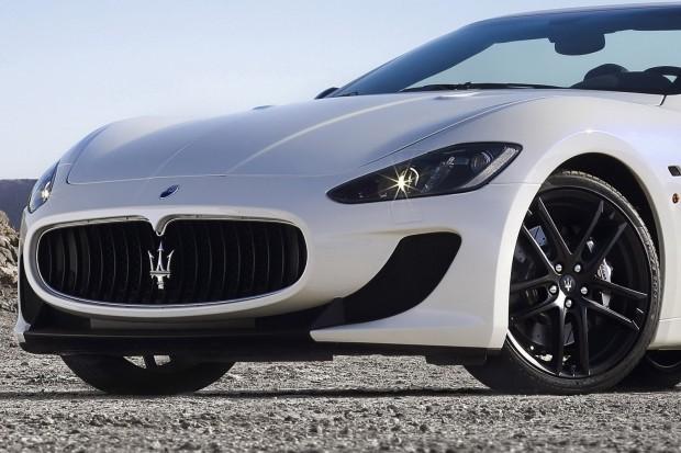 2013-Maserati-GranCabrio-MC-6[2]