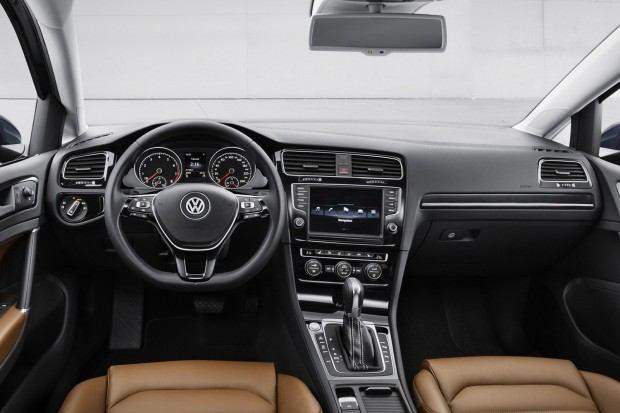 2013-VW-Golf-Mk7-11[2]