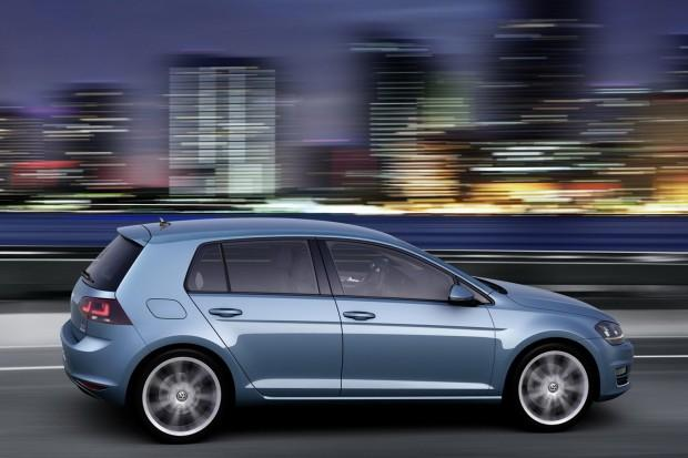 2013-VW-Golf-Mk7-4[2]