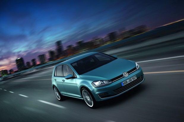 2013-VW-Golf-Seven-10[2]
