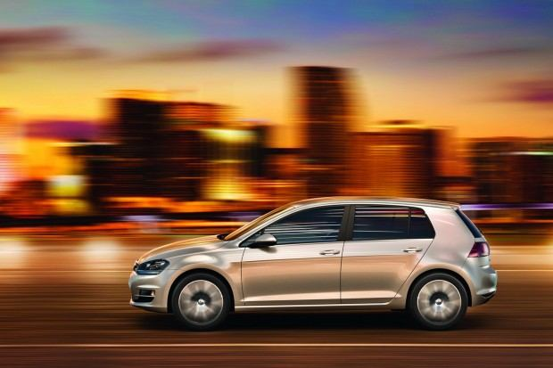 2013-VW-Golf-Seven-16[2]
