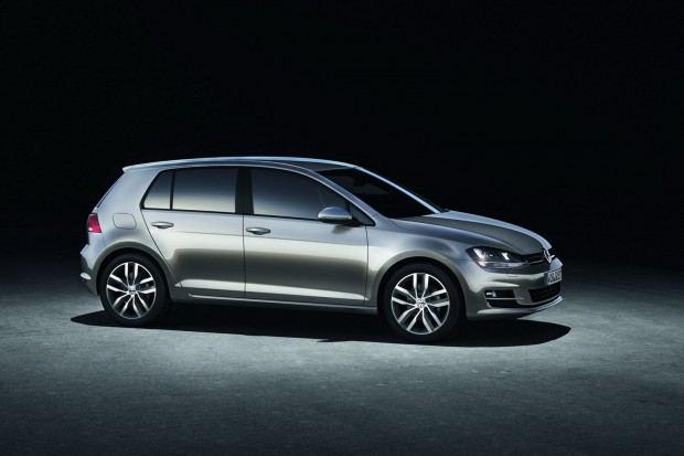 2013-VW-Golf-Seven-21[2]