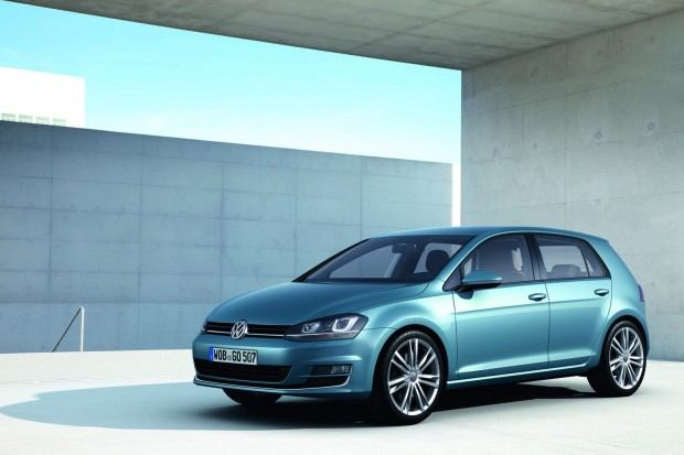 2013-VW-Golf-Seven-3[2]