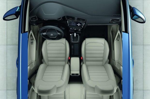 2013-VW-Golf-Seven-32[2]