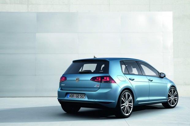 2013-VW-Golf-Seven-7[2]