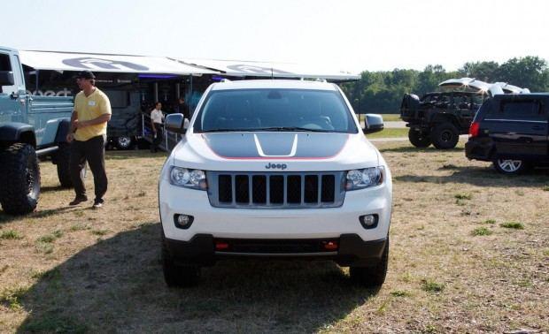 2013-jeep-grand-cherokee-trailhawk-photo-472571-s-1280x782