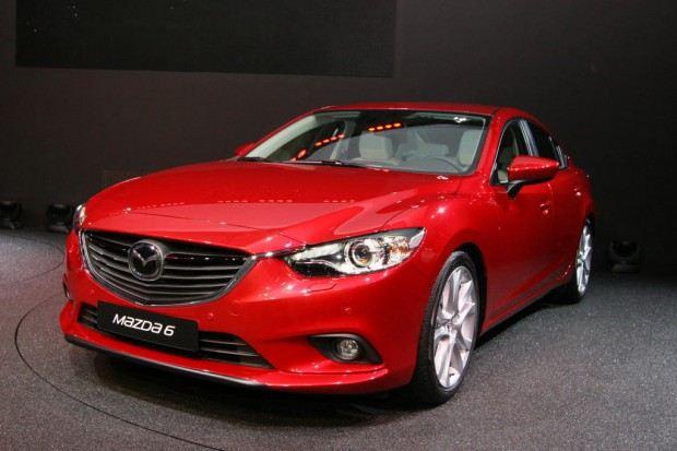2014-Mazda-6-sedan-09