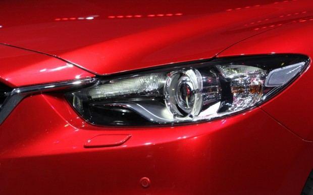 2014-Mazda6-headlight-1024x640