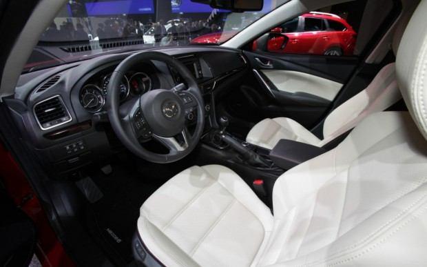 2014-Mazda6-interior-1024x640