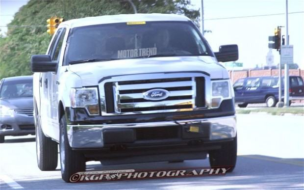 2015-Ford-F-150-Aluminum-Body-front-end-3