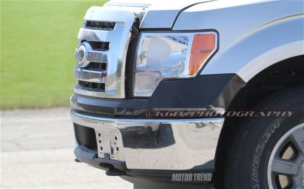 2015-Ford-F-150-Aluminum-Body-front-end