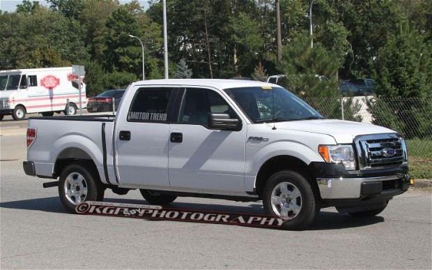 2015-Ford-F-150-Aluminum-Body-front-three-quarter