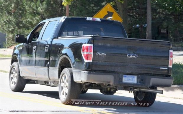 2015-Ford-F-150-Aluminum-Body-rear-end-static