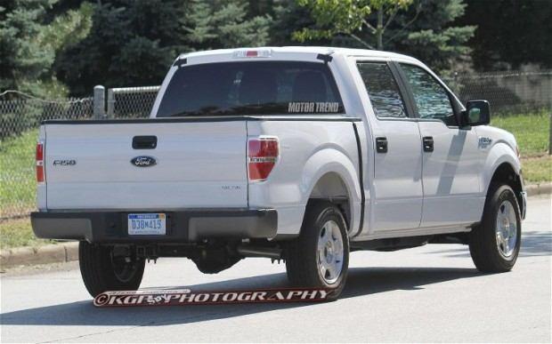2015-Ford-F-150-Aluminum-Body-rear-three-quarter-2