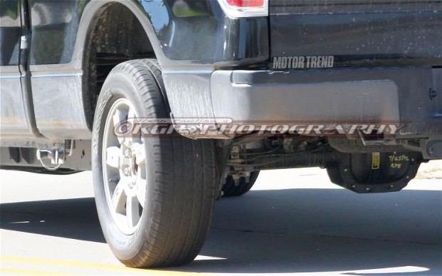 2015-Ford-F-150-Aluminum-Body-rear-wheel