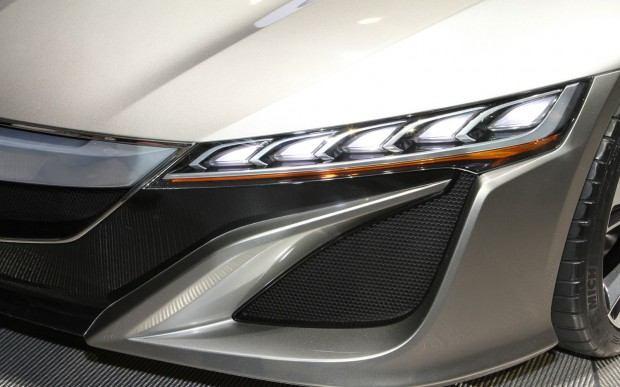 Acura-NSX-Concept-head-light