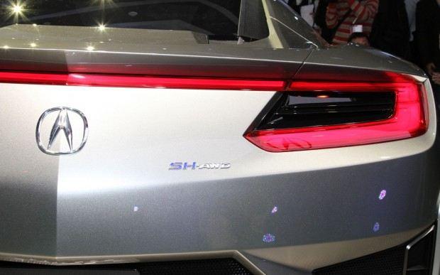 Acura-NSX-Concept-rear-badge