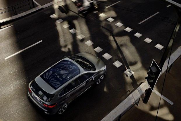 BMW-Active-Tourer-Concept-20[2]