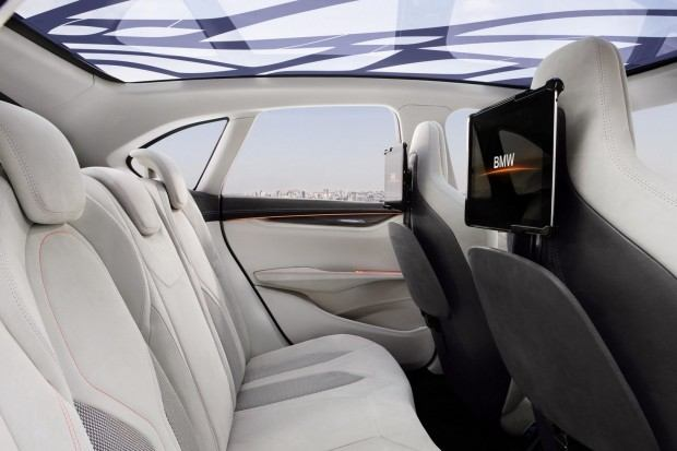 BMW-Active-Tourer-Concept-35[2]