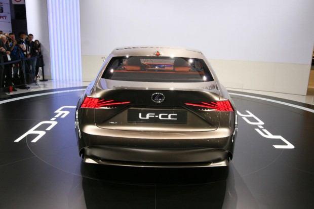 Lexus-LF-CC-concept-11