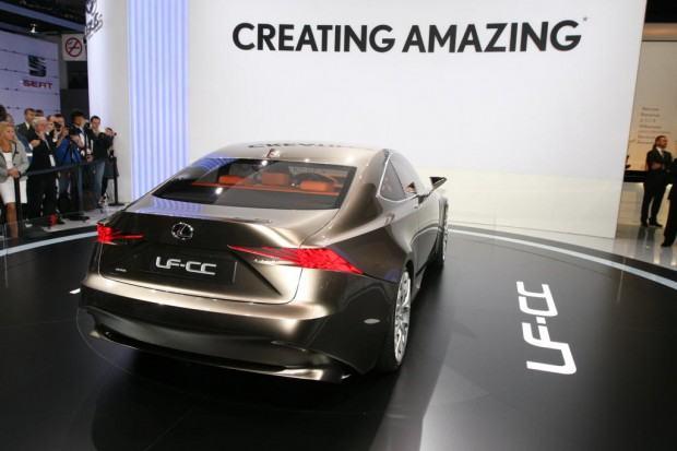 Lexus-LF-CC-concept-12