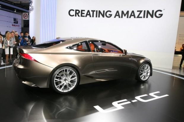 Lexus-LF-CC-concept-14