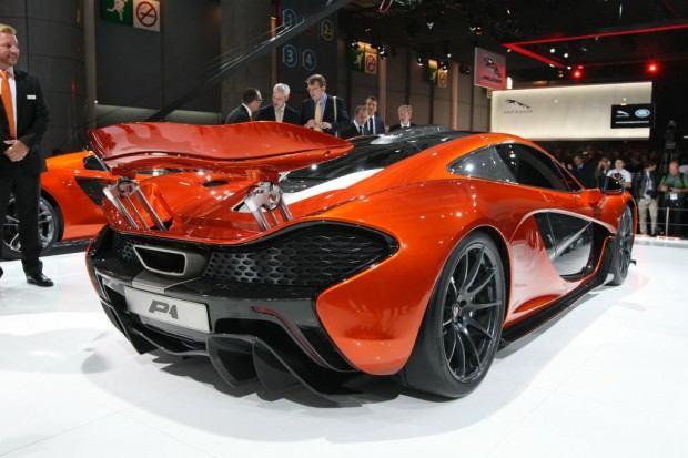 McLaren-P1-Paris-motor-show-04