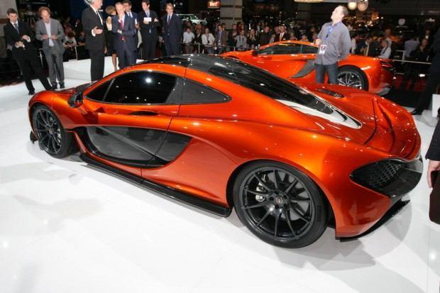 McLaren-P1-Paris-motor-show-14