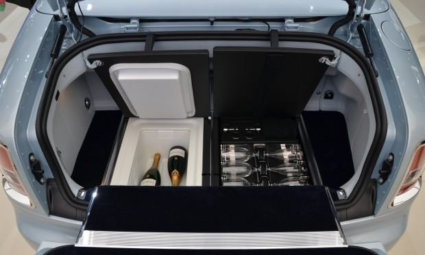 Paris 2012 Rolls Royce Phantrom Drophead Coupe Art Deco Edition 009
