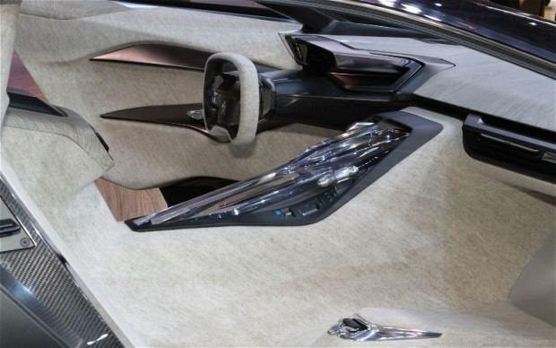 Peugeot-Onyx-Supercar-interior