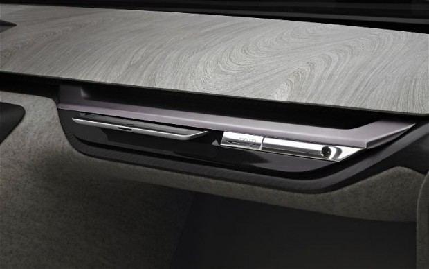 Peugeot-Onyx-dashboard-image-2