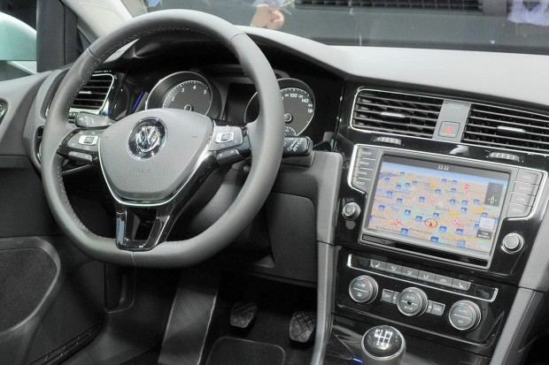 VW-Golf-MK7-20[2]