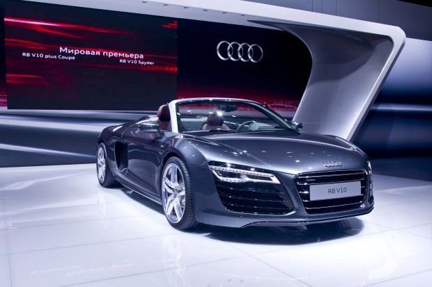 audi-r8-spyder-moscow-2012-02