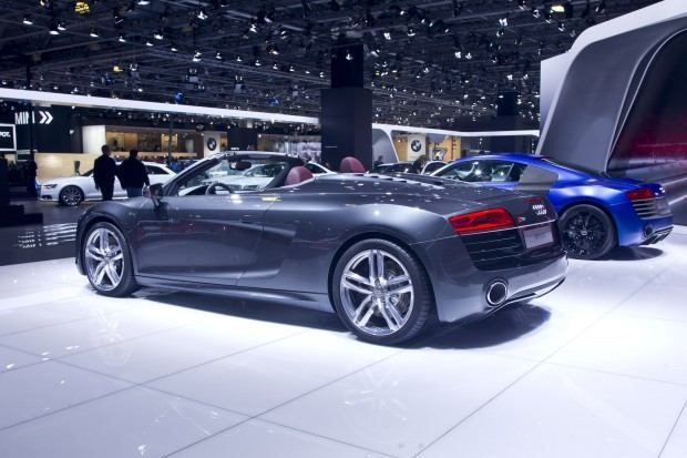 audi-r8-spyder-moscow-2012-05