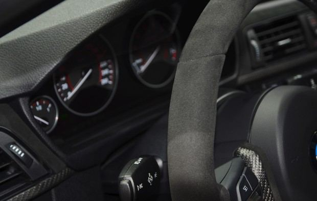 bmw-335i-m-performance-interior-08
