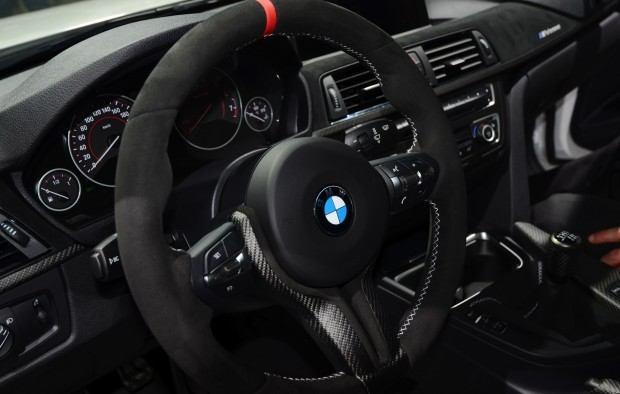 bmw-335i-m-performance-interior-11