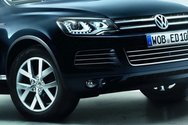 10th-vw-touareg-birthday-celebrated-with-special-edition-x-photo-gallery_6