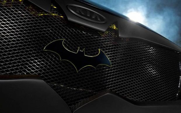 2013-Kia-Optima-SX-Limited-Batman-front-grille