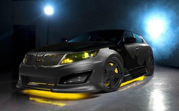 2013-Kia-Optima-SX-Limited-Batman-front-three-quarter
