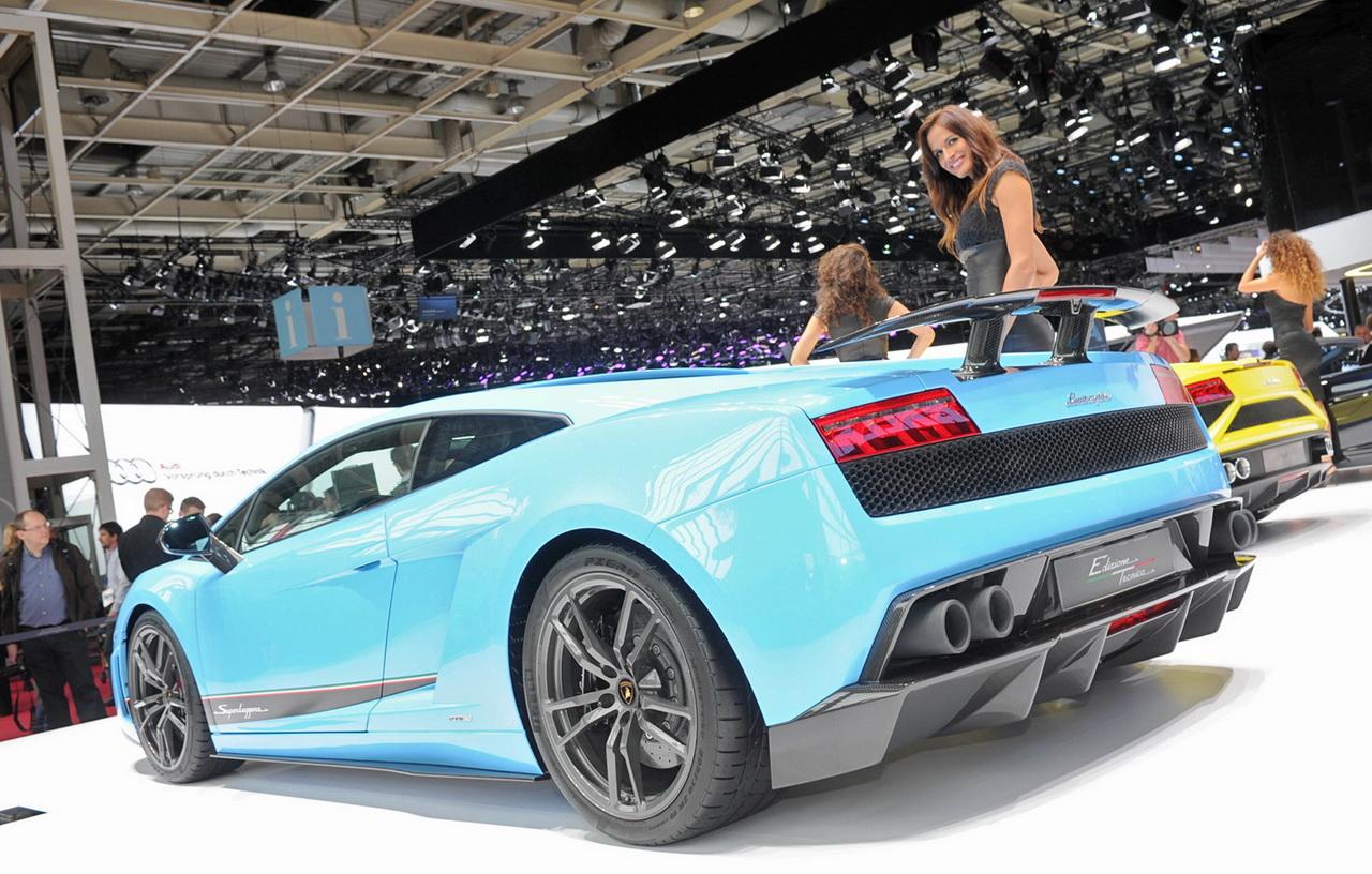 2013_Lamborghini_Gallardo_Paris2012Live_06