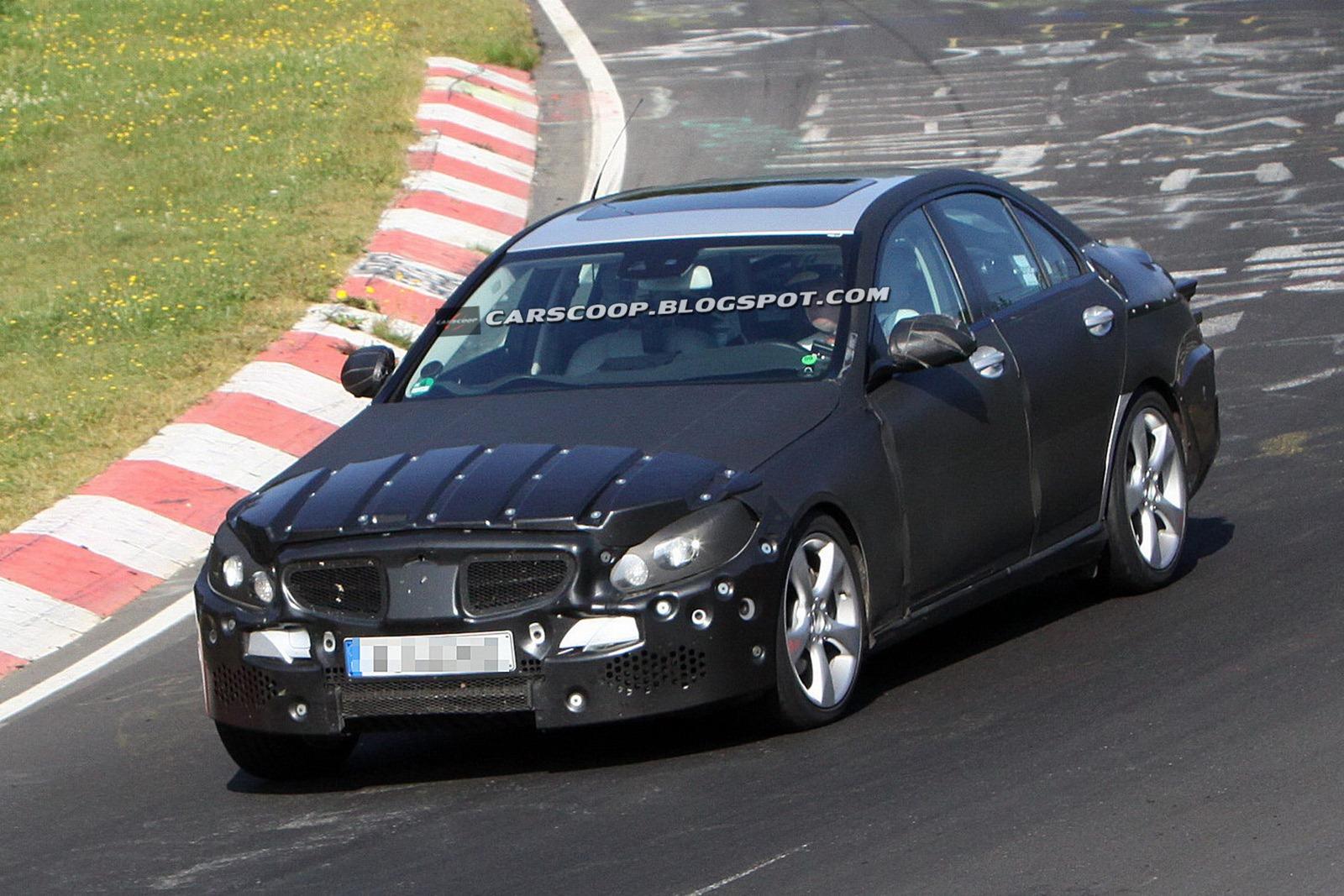 2014-Mercedes-Benz-C-Class-023