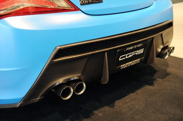 12-cosworth-genesis-coupe-sema-1351701725