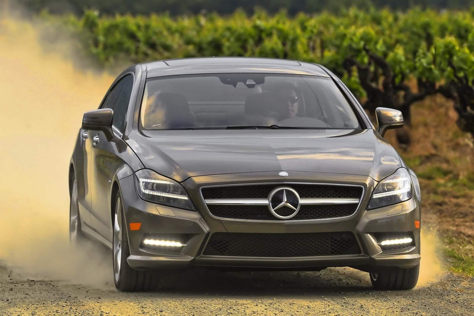 2012-Mercedes-CLS550-10[2]