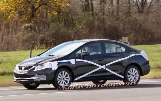2013-Honda-Civic-prototype-spied-left-side-1024x640
