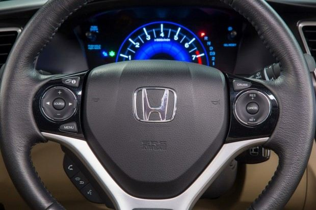 2013_Honda_Civic_EX-L_Sedan_Navi_39[2]