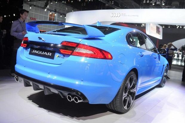 2014-Jaguar-XFR-S-33[2]