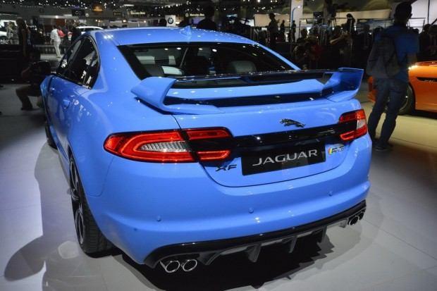 2014-Jaguar-XFR-S-36[2]
